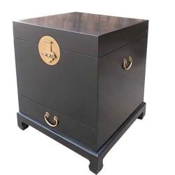 Coffre chinois noir sur pieds 50x50x60